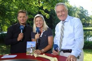Heidi Rauch beim TV-Interview mit Moderator Tom Meiler und Dr. Jürgen Radtke