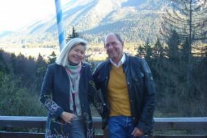Herzliche Neujahrswünsche von Heidi Rauch und Peter Herrchen!